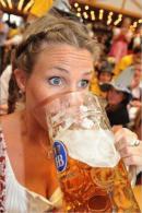 Consumatoare profesionista de bere