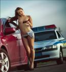 Uniforma de vara a politistelor