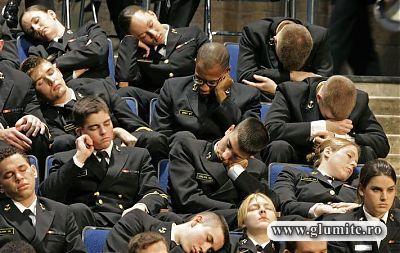 Militari la cursuri