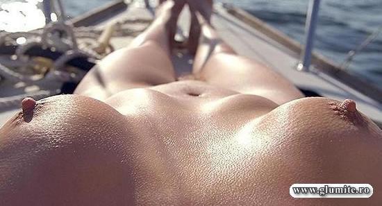 Imagine prin ochii unei nudiste
